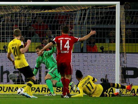 Bundesliga: Dortmund ha Bayern, RB Leipzig soan ngoi dau - Anh 2