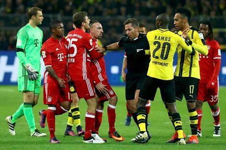 Bundesliga: Dortmund ha Bayern, RB Leipzig soan ngoi dau - Anh 3