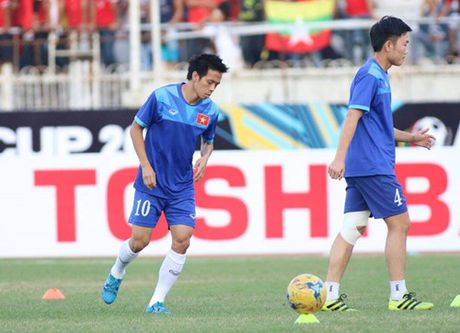 AFF Cup 2016: Cong Vinh va Van Quyet lap cong, tuyen Viet Nam ha Myanmar tai Thuwanna - Anh 11
