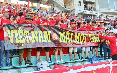 AFF Cup 2016: Cong Vinh va Van Quyet lap cong, tuyen Viet Nam ha Myanmar tai Thuwanna - Anh 14