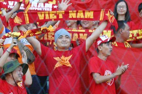 AFF Cup 2016: Cong Vinh va Van Quyet lap cong, tuyen Viet Nam ha Myanmar tai Thuwanna - Anh 15