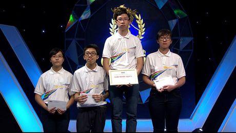 Phan Dang Nhat Minh - Nha leo nui dau tien vao CK Duong len dinh Olympia nam thu 17 - Anh 1