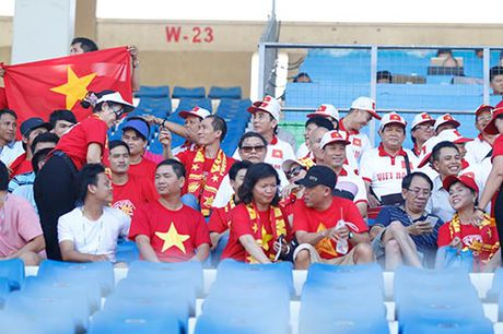 """Fan nu Viet Nam & Myanmar """"do sac"""" o dai chien AFF Cup - Anh 5"""