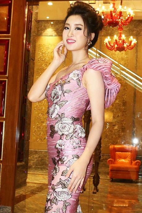 Hoa hau Do My Linh do sac cung 'dan chi' Hong Nhung, Le Quyen - Anh 8