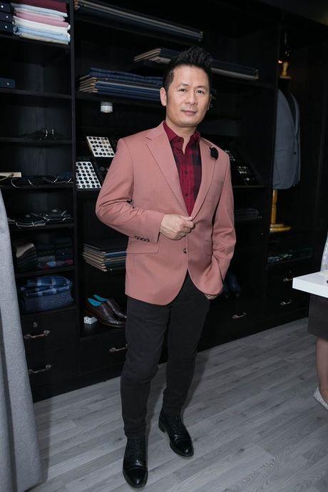 Bang Kieu mac vest ngoi xich lo, tiet lo khong tham gia ra mat phim moi - Anh 3