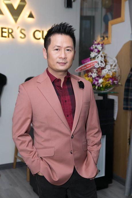 Bang Kieu mac vest ngoi xich lo, tiet lo khong tham gia ra mat phim moi - Anh 4