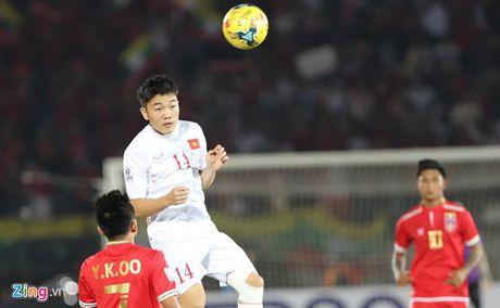 Myanmar vs Viet Nam (1-2, hiep 2): Cong Vinh lap cong - Anh 2