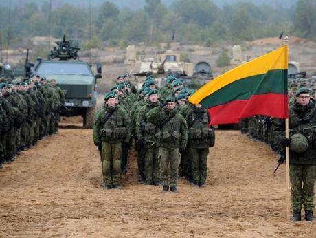 NATO huy dong 4.000 linh tap tran ram ro tai Baltic - Anh 1
