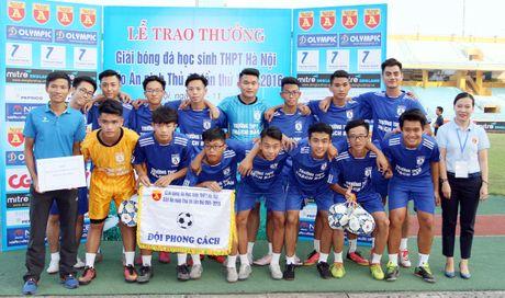 Khoanh khac vinh danh tai giai bong da hoc sinh THPT Ha Noi 2016 - Anh 10