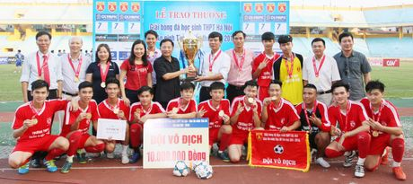 Khoanh khac vinh danh tai giai bong da hoc sinh THPT Ha Noi 2016 - Anh 16
