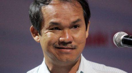 Bau Duc len tieng ve viec dieu tri chan thuong cho cau thu Tuan Anh - Anh 1