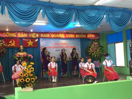 Xuc dong le 20/11 cua cac co giao o ngoi truong chuyen biet - Anh 6