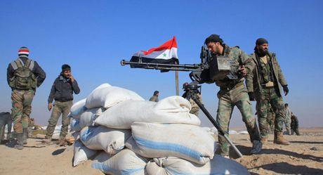 Chien su Syria: Phien quan vay co trang dau hang, giao nop thi tran then chot - Anh 1