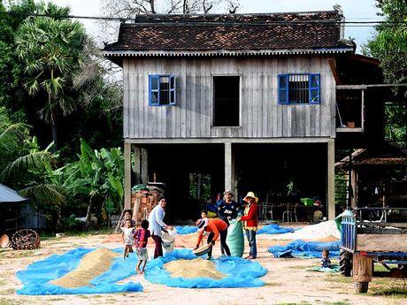 Campuchia du ky - bai 2: Dau an nha san - Anh 1
