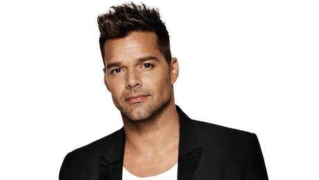 Nguoi noi tieng: Ricky Martin dinh hon voi nguoi tinh dong gioi - Anh 1