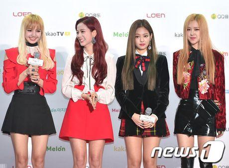 EXO, BTS thong tri le trao giai trong dem bieu tinh o Han - Anh 4