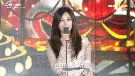 EXO, BTS thong tri le trao giai trong dem bieu tinh o Han - Anh 6