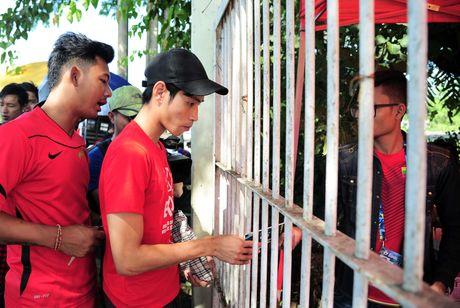 Myanmar vs Viet Nam: Co dong vien chu nha tu tap tu som - Anh 5