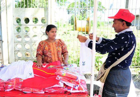 Myanmar vs Viet Nam: Co dong vien chu nha tu tap tu som - Anh 6