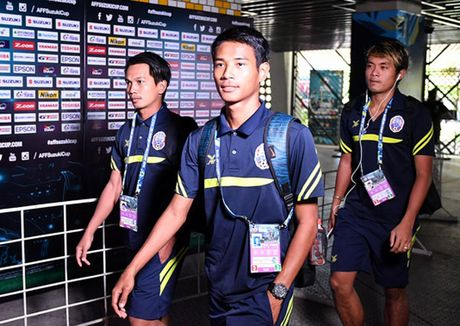 Malaysia vs Campuchia (3-2): Nguoc dong an tuong - Anh 11