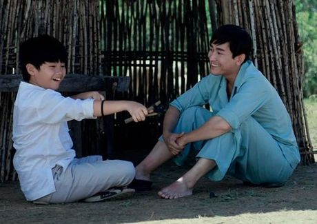 Het thoi 'soai ca', Hua Vi Van ban sua dau nanh nuoi con an hoc - Anh 1