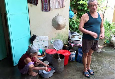 Chuyen la dat Viet: Lao ong ganh nuoc kiem an xuyen 2 the ky - Anh 1
