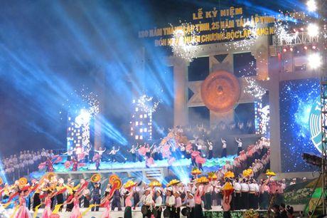 Hoa Binh ky niem 130 nam thanh lap va 25 nam tai lap tinh - Anh 1