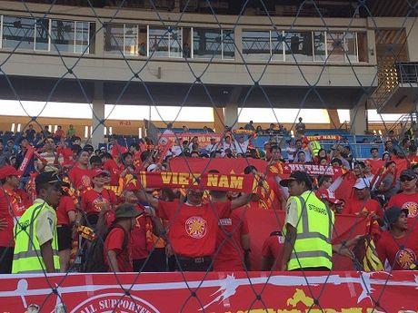 TRUC TIEP Myanmar 0-0 Viet Nam: Cong Vinh va Van Quyet da chinh, Cong Phuong va Thanh Luong du bi (Hiep 1) - Anh 7