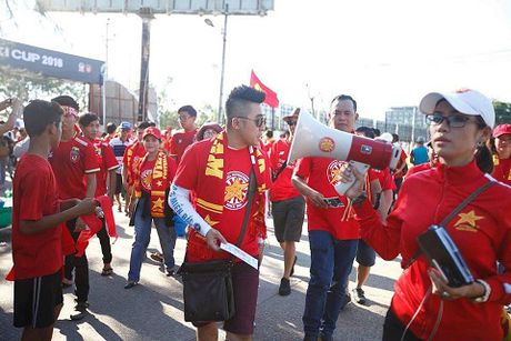 TRUC TIEP Myanmar 0-0 Viet Nam: Cong Vinh va Van Quyet da chinh, Cong Phuong va Thanh Luong du bi (Hiep 1) - Anh 8