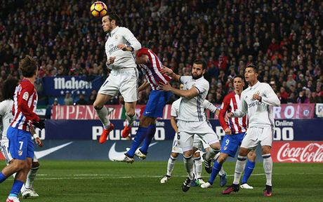 Toan canh chien thang hoanh trang cua Real truoc Atletico Madrid - Anh 3