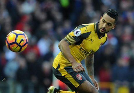 Cham diem MU 1-1 Arsenal: 'Nguoi hung' Giroud che mo 'bom tan' Pogba - Anh 21