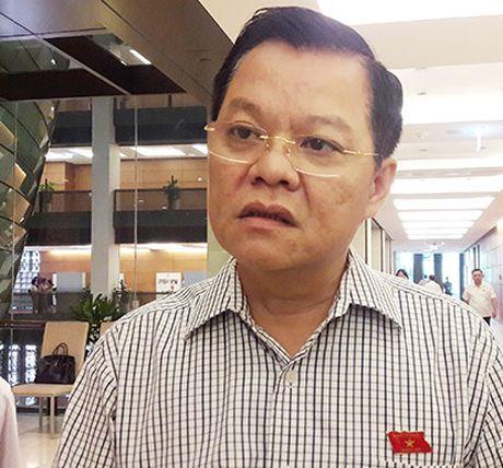 Viet Nam trong tuan: Quoc hoi phe phan nghiem khac ong Vu Huy Hoang - Anh 5