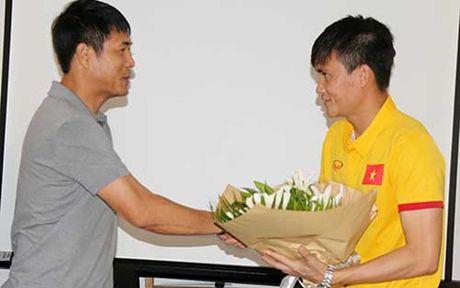 DT Viet Nam quyet thang Myanmar tang qua HLV Huu Thang nhan ngay 20/11 - Anh 1