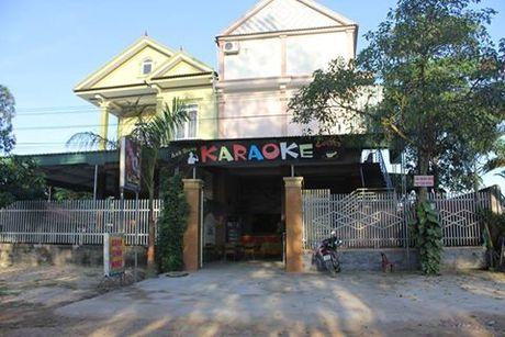 Hon chien o quan karaoke, 2 nguoi thuong vong - Anh 1