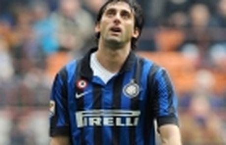 Pioli ra mat, Inter choi tro 'ruot duoi ty so' voi Milan - Anh 4