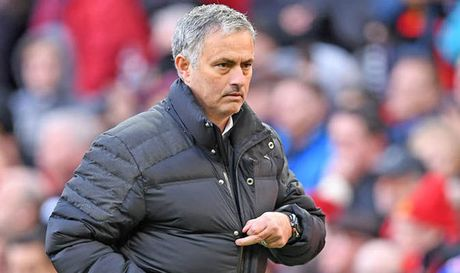 Choi hay, sao Man Utd duoc Mourinho trong thuong - Anh 1