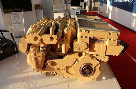Kho tin: Phap san xuat dong co 'khung' cho xe tang T-72 - Anh 4