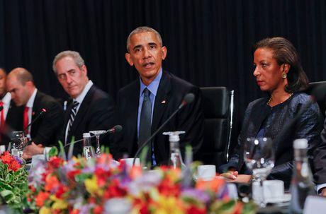 Tong thong Putin bat tay ho hung voi TT Obama tai APEC - Anh 10