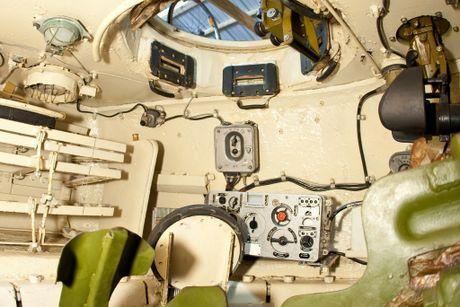Hoang hon canh xe tang T-34-85 tac chien o Yemen - Anh 6