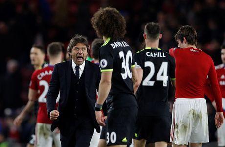Costa dua Chelsea len ngoi dau Premier League - Anh 1