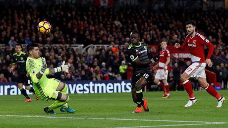 Costa dua Chelsea len ngoi dau Premier League - Anh 2