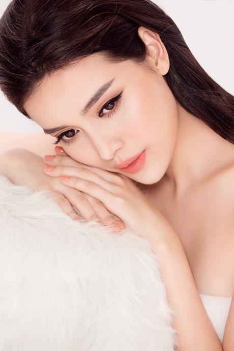 Cao Thai Ha mat 7 nam de nhan danh xung 'Nguoi dep Tay Do' - Anh 3