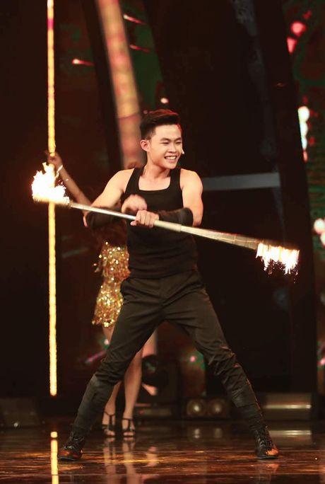 """Chung ket Hoan doi 2016: Top 4 thu thach voi """"Nghe dam me"""" - Anh 2"""