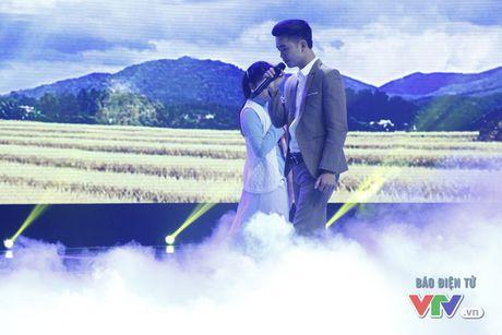 Tuan Phuong X-Factor khoe chat giong buon man mac trong Giai dieu tu hao - Anh 4