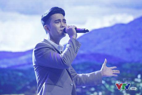 Tuan Phuong X-Factor khoe chat giong buon man mac trong Giai dieu tu hao - Anh 5