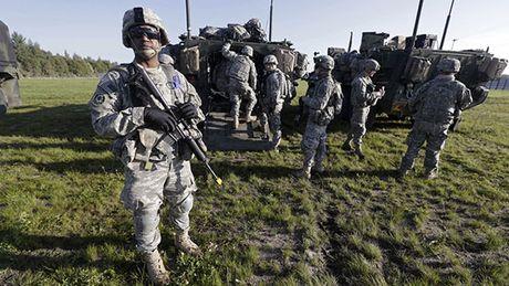 NATO dien tap quan su tai Ba Lan - Anh 1