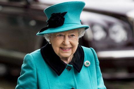 Anh moi ong Trump tham, dien kien Nu Hoang Elizabeth II - Anh 1