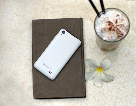 Smartphone Nhat gia chua toi mot trieu dong - Anh 2