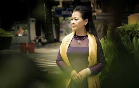 Khanh Ly tro ve nuoc thuc hien 'live concert' - Anh 4