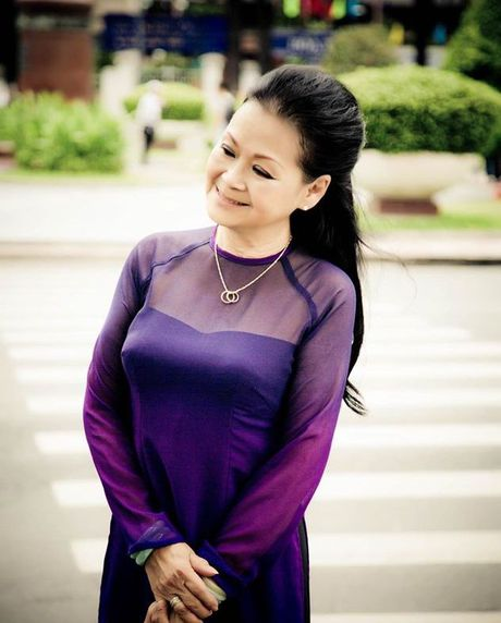 Khanh Ly tro ve nuoc thuc hien 'live concert' - Anh 6